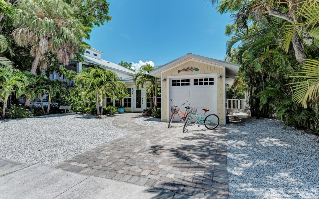 We are So Excited to Offer Our Newest RENTAL at Salty Mermaid Real Estate and Vacation Rentals – Pineapple Cottage
